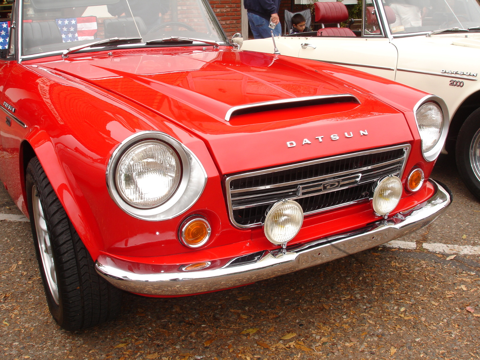 Datsun Sports Tech Wiki Techsection 2000 Wiring Diagram Fog Lights Everwing Were Optional The Came In A Number Of Variations Mounting Base For Different Model Datsuns